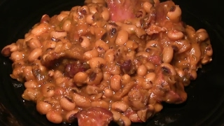 Soul Food Black Eyed Peas Recipe: How To Make The BEST Black Eyed Peas