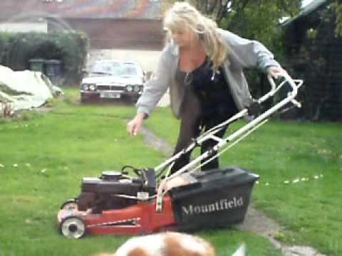 How 2 Lawnmower - YouTube