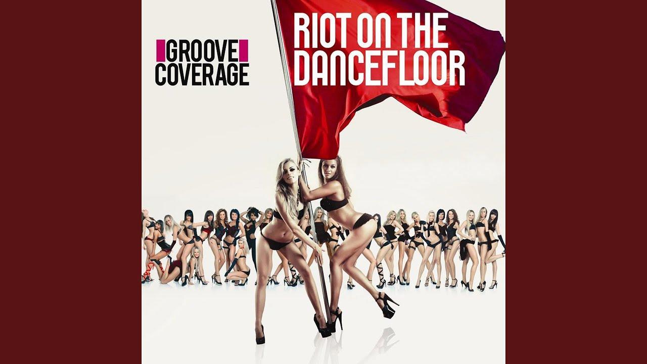 spank-rock-race-riot-on-the-dance-floor-sex-babe-cumming-gif