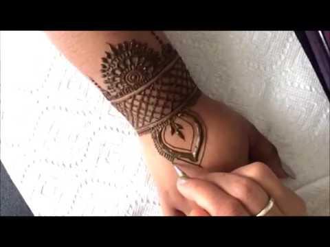 Henna design jewelery style
