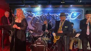 """Michelle Collier """"Too Darn Hot"""" Swing 46 - Times Square, NYC"""