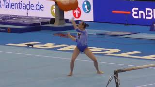 VOSS Sarah FX World Cup All Around @Stuttgart 2018