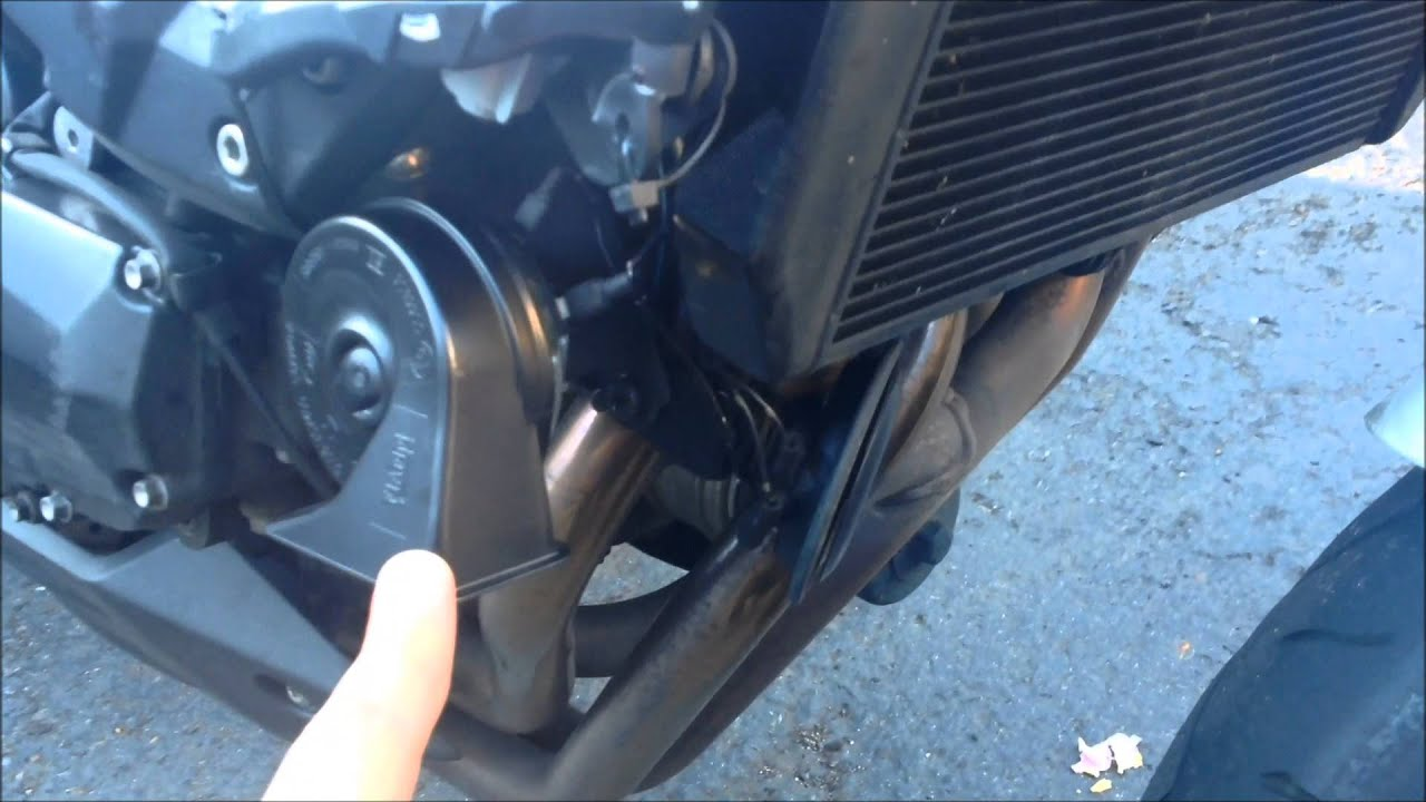 Motorcycle horn - FIAMM plus stock in parallel - YouTube