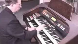 Ollie Case Playing the Hammond Elegante XH-272 organ - Namm 2014