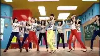 Korean girls dancing to