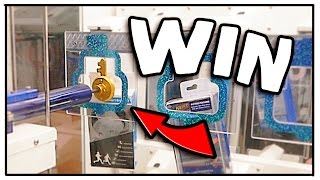 Winning A SMART BRACELET From Keymaster! | Arcade Games
