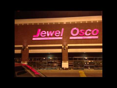 UFO spotted over a Jewel in a Chicago suburb **Exclusive Images**