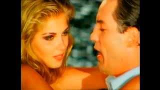 Θάνος Καλλίρης - Μάτια φεγγάρια μου - Official Video Clip
