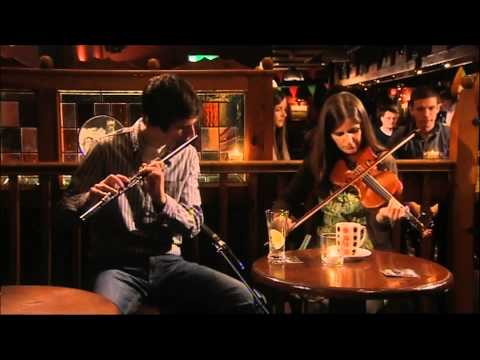 Traditional Irish Music - Flute and Fiddle