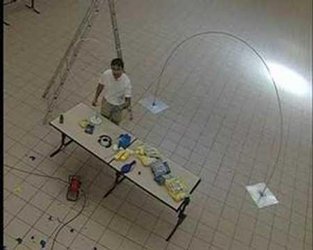 La d coration de salle en ballon youtube - Comment faire une arche ...