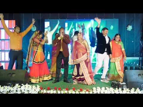 best ever family dance on mahila sangeet . wedding dance