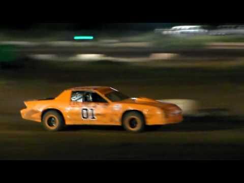 Gary Pescador #01 Main Event Street Stock 6/3/17 Paradise Speedway Maui