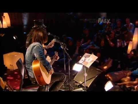 Patience - Slash & Myles Kennedy - Rare Acoustic - MAX Sessions 2010 - Best Quality 480p