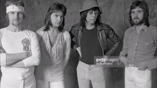 Manfred Mann's Earth Band - Questions (with lyrics).mp3