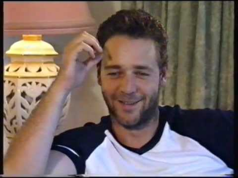 Russell Crowe Interview [1999]