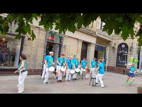Merchant city Street performance music Festival Brazilian music