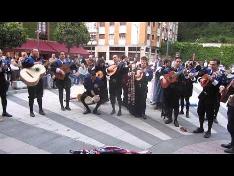Cantinero de Cuba V Certamen internacional de tunas Campus de Mieres