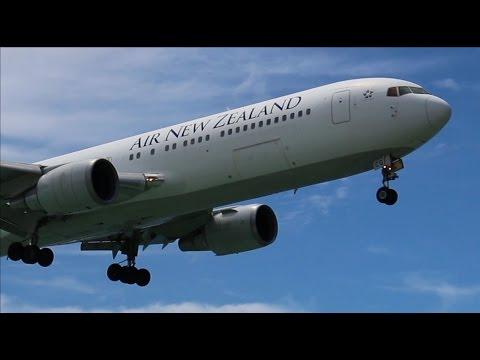 Air New Zealand Boeing 767-300 landing at Rarotonga International Airport