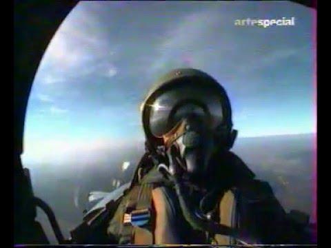 Interception d un A 310 par un Mirage 2000C