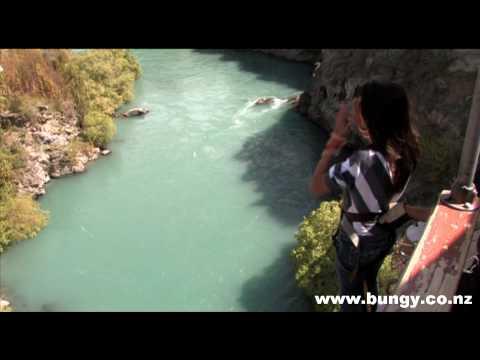Kawarau Bridge Bungy - AJ Hackett Bungy NZ