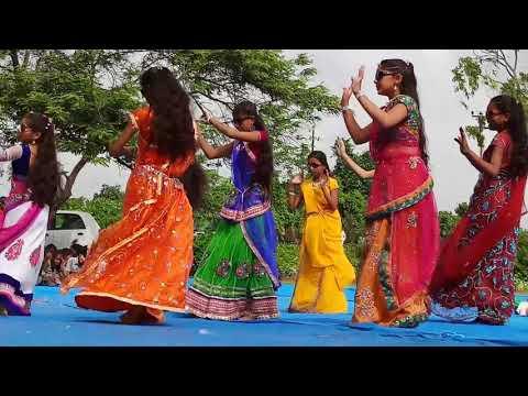 Leri lala  gujarati song prempara high scool independence kinjal dave 2018 day celebrations2017