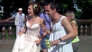Жених в платье !!!!!! )))))