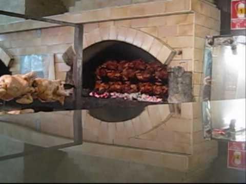 Pollos a la brasa curso marzo 2011 rafael punchin lima peru youtube - Ver hornos de lena ...