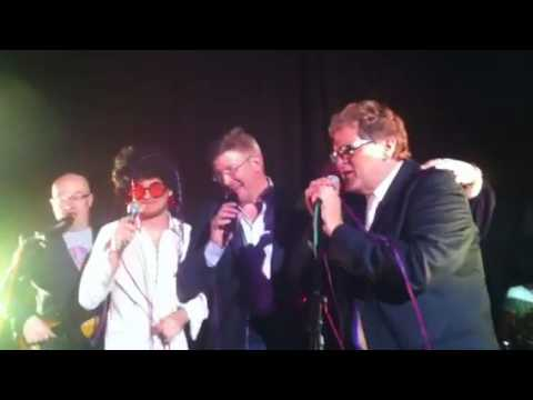 Nico rosberg and Ross brawn karaoke :-)