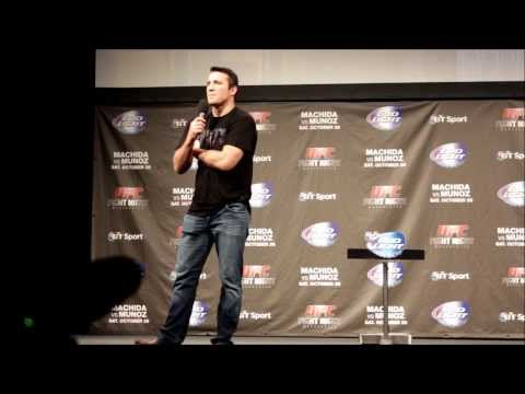 Chael Sonnen: UFC Manchester Q&A featuring Michael Bisping &Conor McGregor