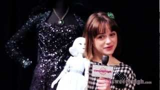 "Oz The Great and Powerful Exclusive with ""China Girl,"" Joey King!"
