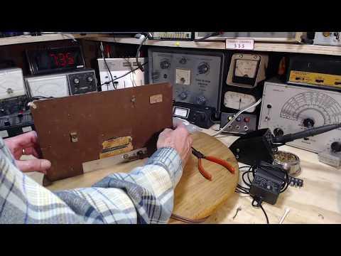 General Electric C600 AM Radio Video #3 - Antenna