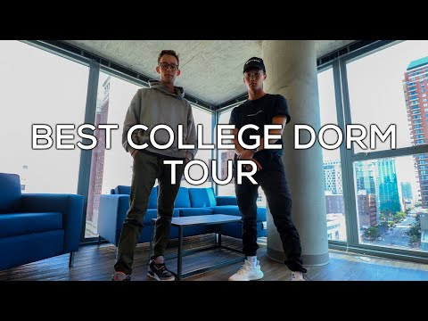 BEST COLLEGE DORM TOUR | Columbia College Chicago