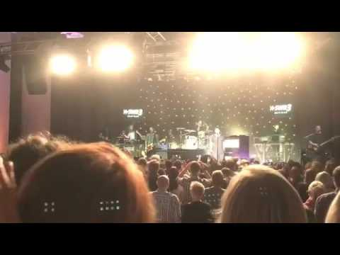 One Republic -Till the Love Runs out - live in concert - November, 2016 Hautnah