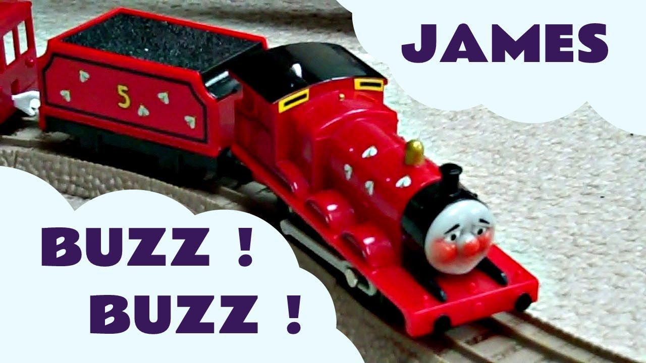 Trackmaster JAMES GOES BUZZ BUZZ Thomas The Train Rare ...