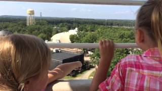 Grimmettes ride the SIX FLAGS GREAT ADVENTURE Ferris Wheel for first time