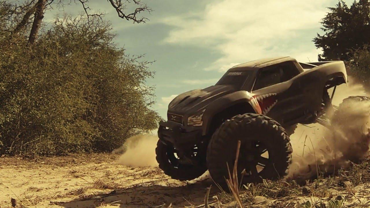 Traxxas X-Maxx Desert BASH - YouTube