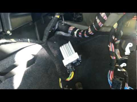 BMW E46 330 325 Final Stage Resistor Blower Motor Removal