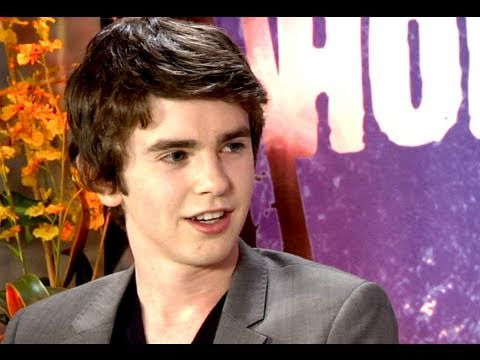 Freddie Highmore gets by with Johnny Depp