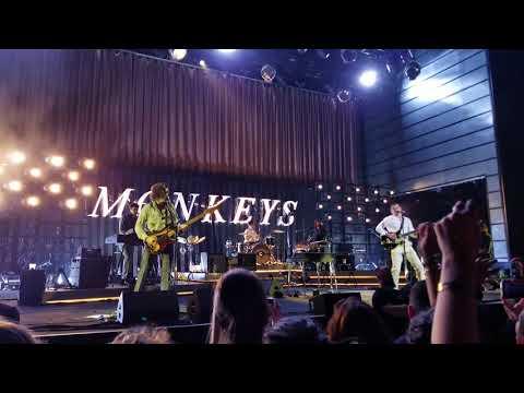 Arctic Monkeys - R U Mine? (LIVE @ The Anthem In Washington DC)