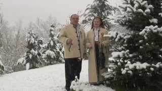Sotii Valeria si Traian Ilea - Colindam cu dor si drag