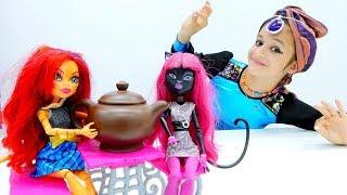 Видео с куклами Монстер Хай. Торалей и три желания!