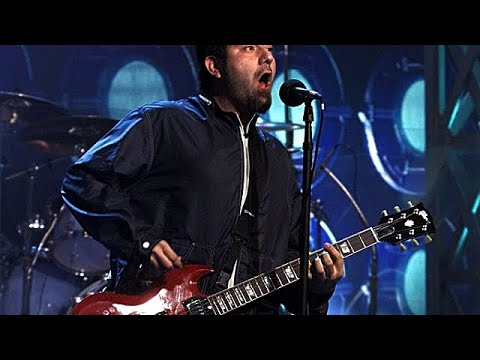 [TV] Deftones - Digital Bath @ The Tonight Show with Jay Leno - February 9th, 2001