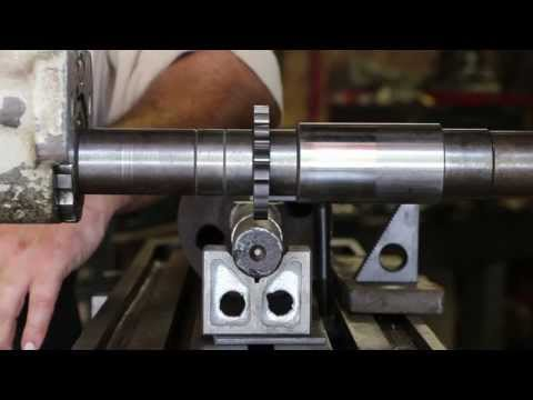Cutting a Keyway on a Horizontal Milling Machine