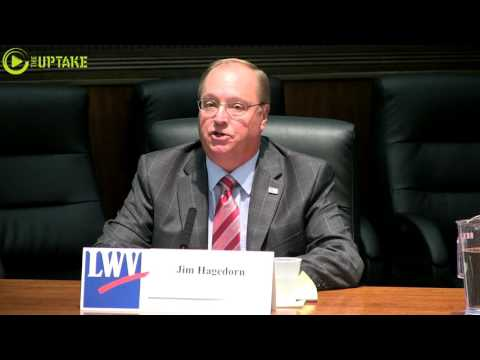 Walz And Hagedorn Debate In Winona - Full Debate With Captions