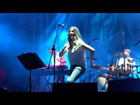 Paul Heaton & Jacqui Abbott - Happy Hour (Live at Scarborough Open Air Theatre) 05/08/16