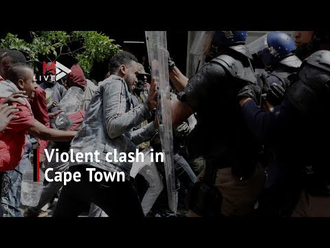 Violent clash between police and foreign nationals in Cape Town