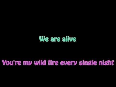 Shakira - Empire (Karaoke)