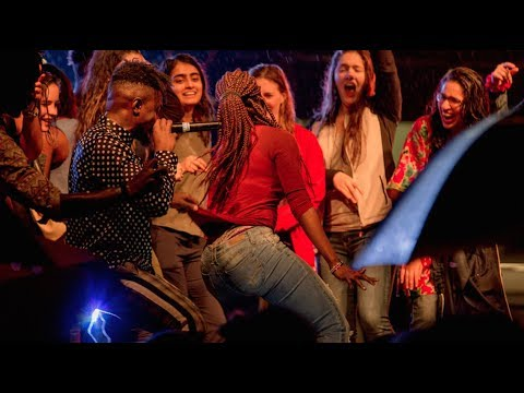 KIGALI: SAUTI SOL DANCING WITH PRETTY LADIES