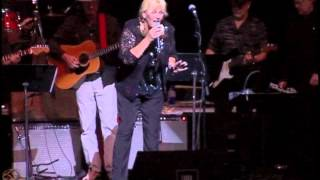 bonnie bramlett with a host of muscle shoals legends cover me i can t help myself