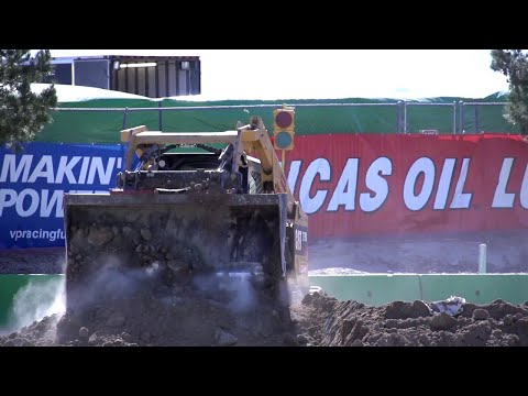 Monster Jam World Finals XIX: Construction of Thunder Alley